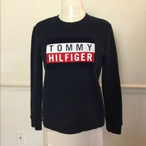 Tommy Hilfiger Women's Small Vintage Sweatshirt